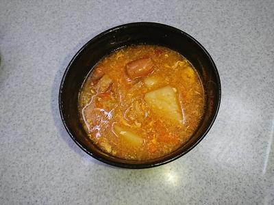 ソーセージと野菜のスープ.JPG