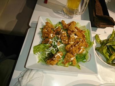 鶏皮揚げサラダ.JPG