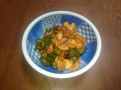 鶏肉と夏野菜のトマト炒め.JPG
